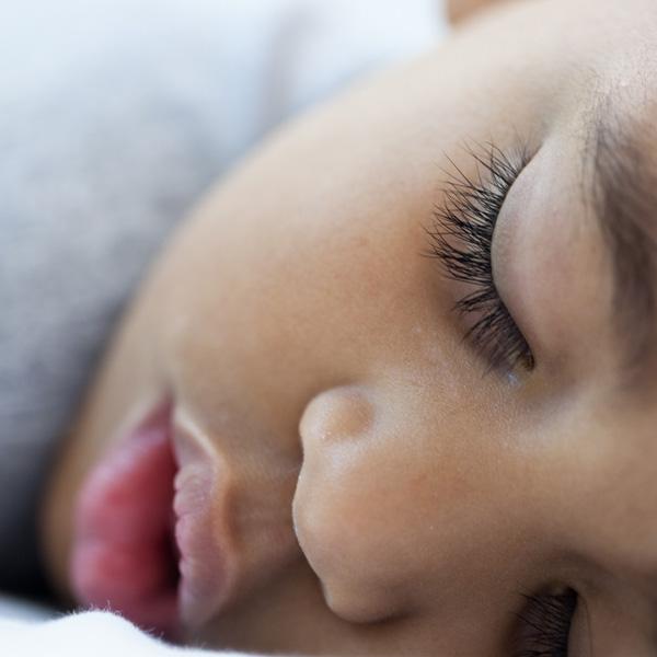 Crianças sem rotina para dormir têm mais problemas de comportamento